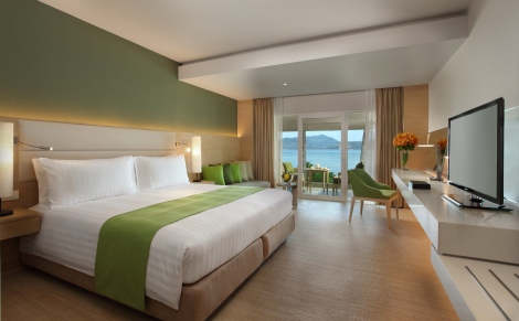 Amari Phuket Deluxe Bed