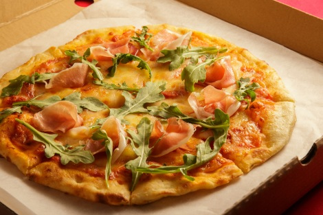 prosciutto-and-rucola-pizza